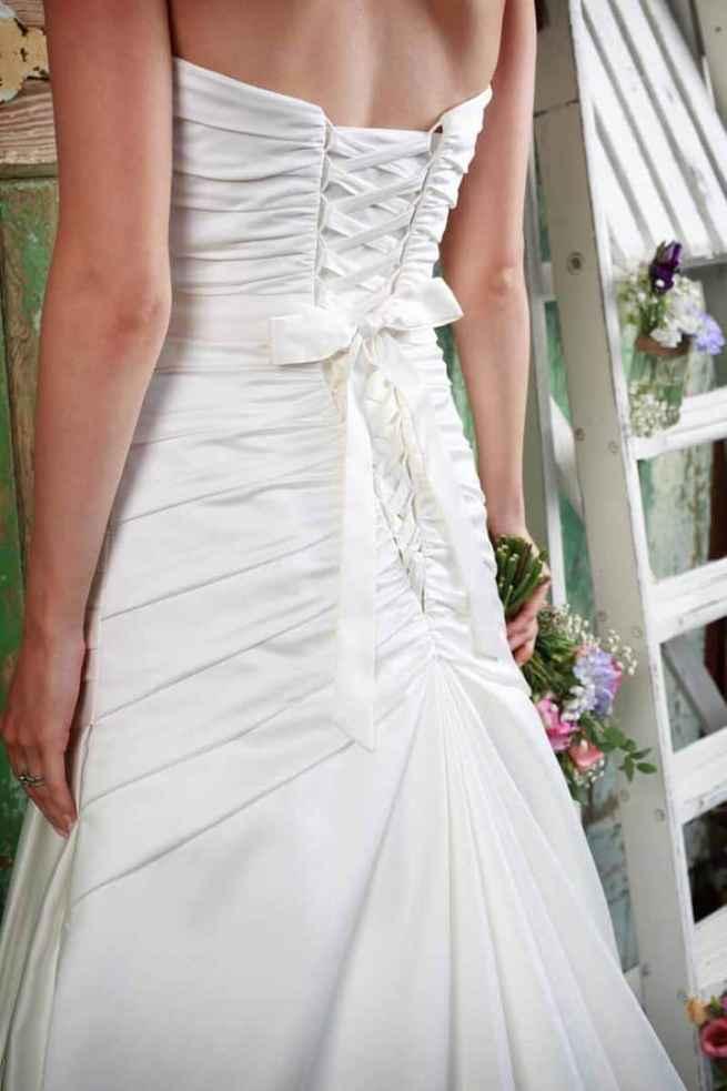 Love by Amanda Wyatt Wedding Dress