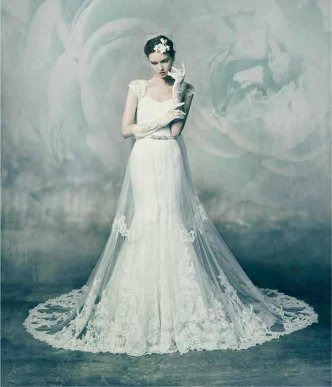 Malachite by Annasul Y., Wedding dress