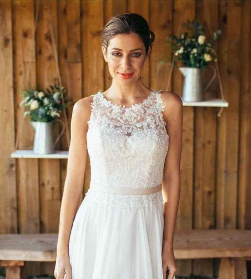 Promise by Amanda Wyatt Wedding Dress