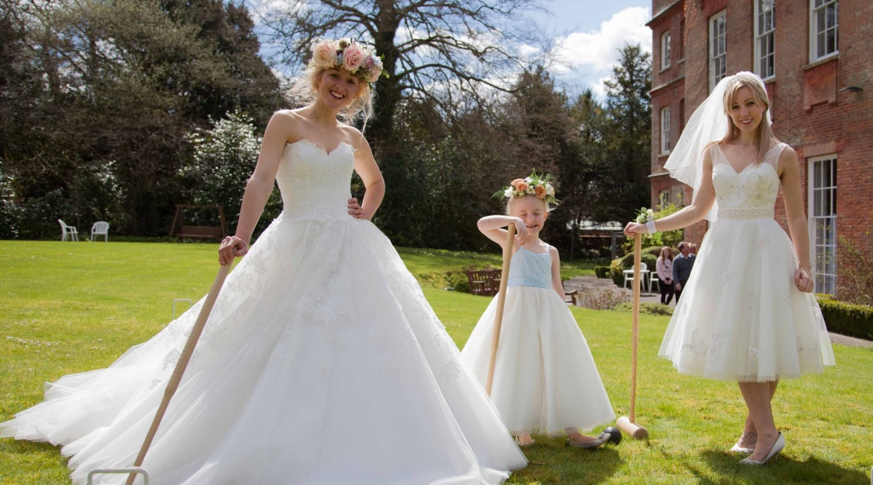 Sass & Grace Bridal boutique roaming catwalk at Old Alresford, Cymbeline, Amanda Wyatt