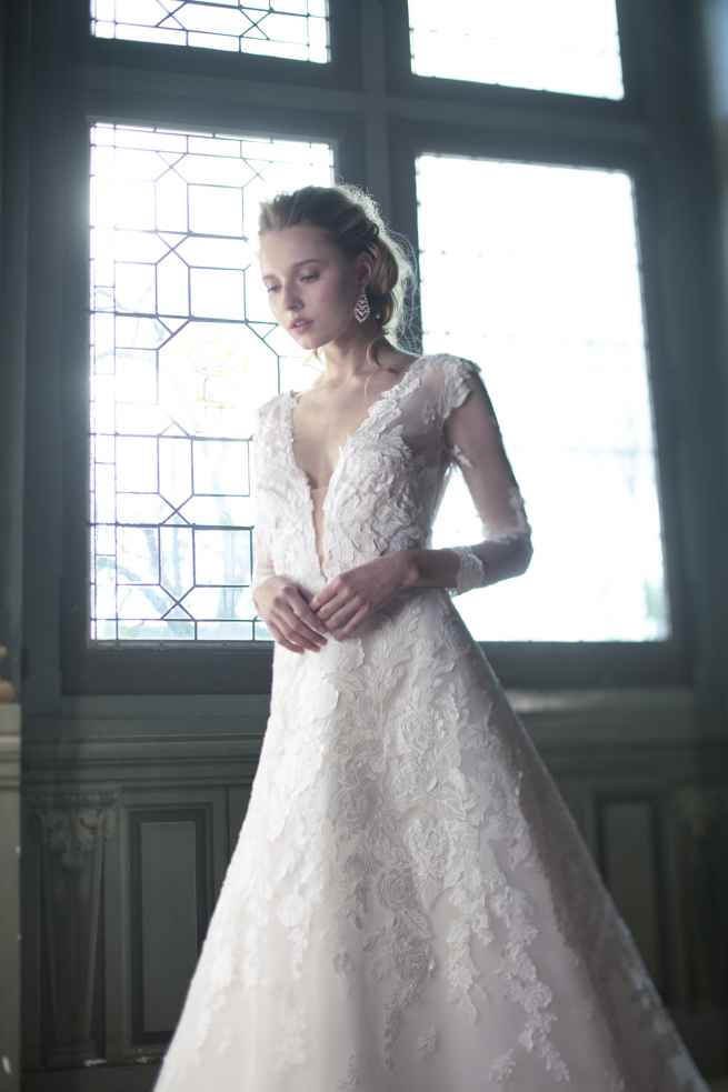 Brazilia by Cymbeline, Winchester wedding dress shop, hampshire bridal boutique, berkshire, reading, newbury, salisbury, wiltshire, surrey, west sussex, dorset, bournemouth, southampton, portsmouth, basingstoke, andover, bournemouth, poole