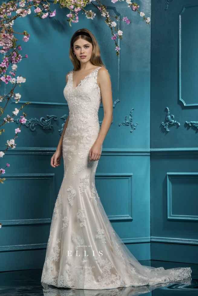 Ellis 12285, Winchester wedding dress shop, hampshire bridal boutique, best bridal boutique, winchester bridal boutique, berkshire, reading, newbury, salisbury, wiltshire, surrey, west sussex, dorset, bournemouth, southampton, portsmouth, basingstoke, andover, bournemouth, poole