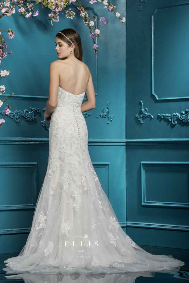 Ellis 12289, Winchester wedding dress shop, hampshire bridal boutique, best bridal boutique, winchester bridal boutique, berkshire, reading, newbury, salisbury, wiltshire, surrey, west sussex, dorset, bournemouth, southampton, portsmouth, basingstoke, andover, bournemouth, poole