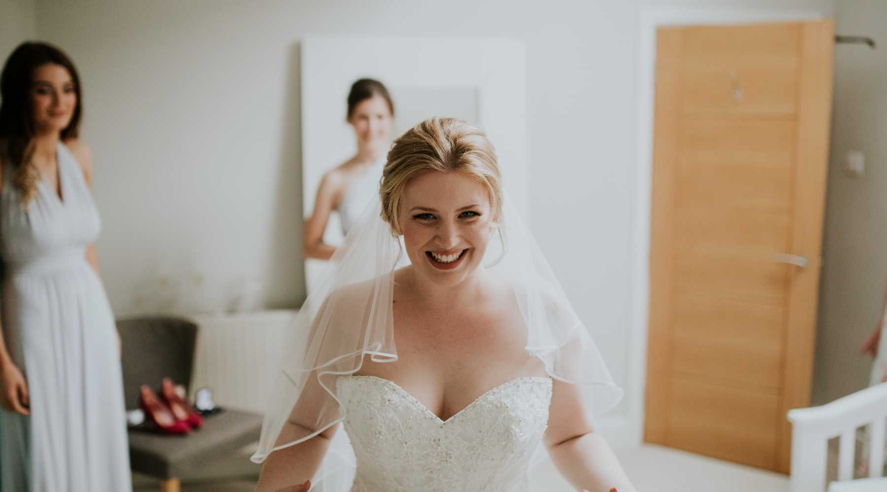 Bride with Curves