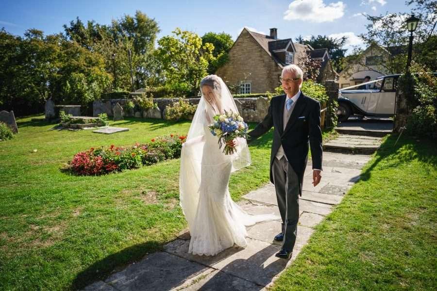 Bride wears Annasul Y.