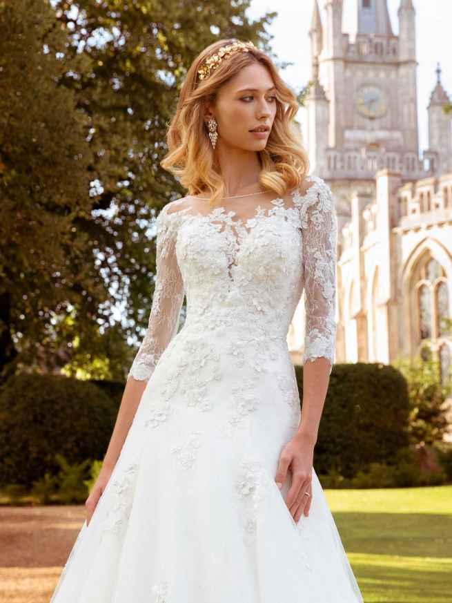 Ellis Bridals Nadia Front Wedding Dress