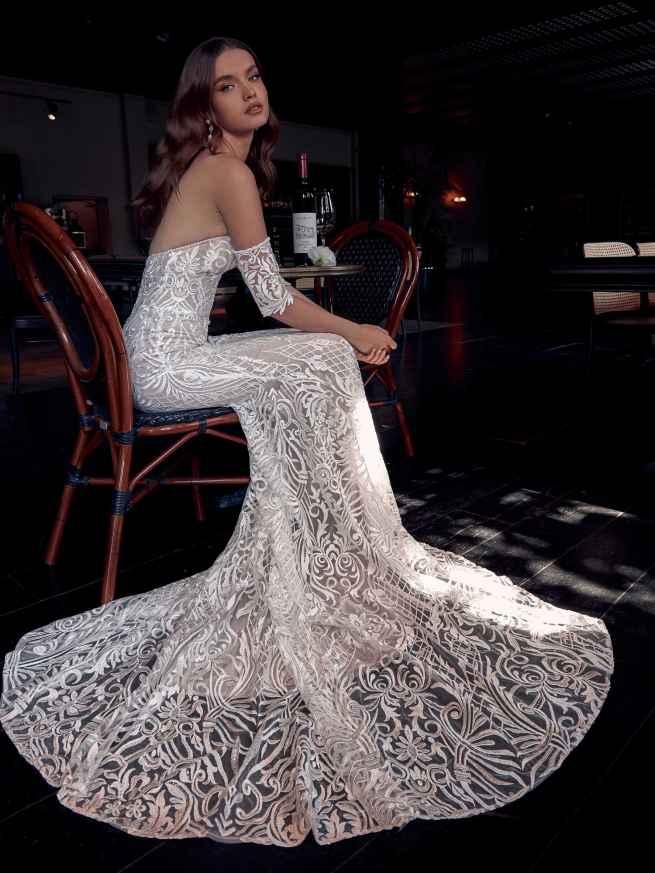 Julie Vino Caroline 1953 Front Wedding DressJulie Vino Caroline 1953 Front Wedding Dress