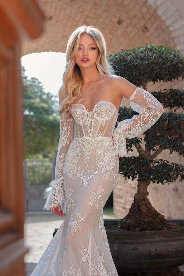 Julie Vino 2053 wedding dress at Sass & Grace Bridal Boutique