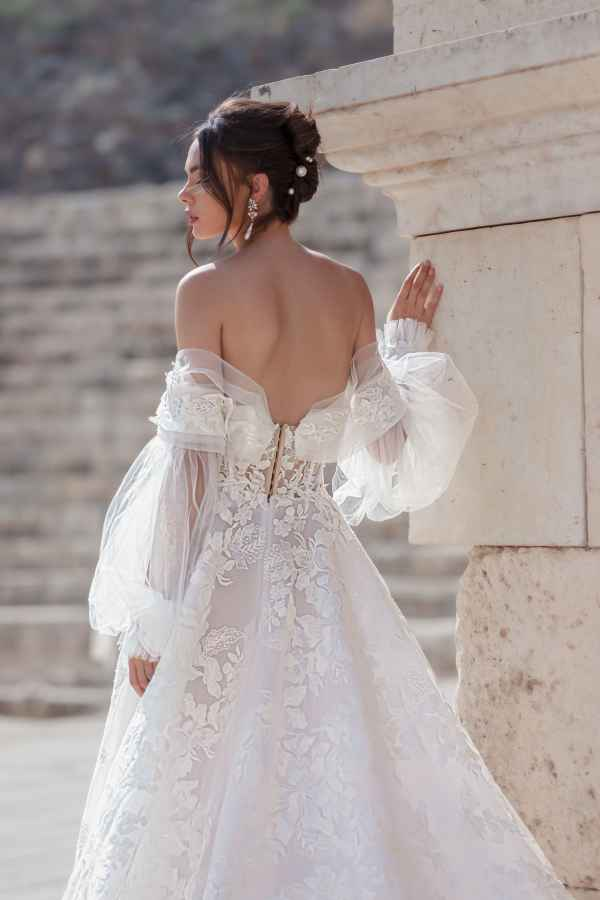 Julie Vino 2101 wedding dress at Sass & Grace Bridal Boutique