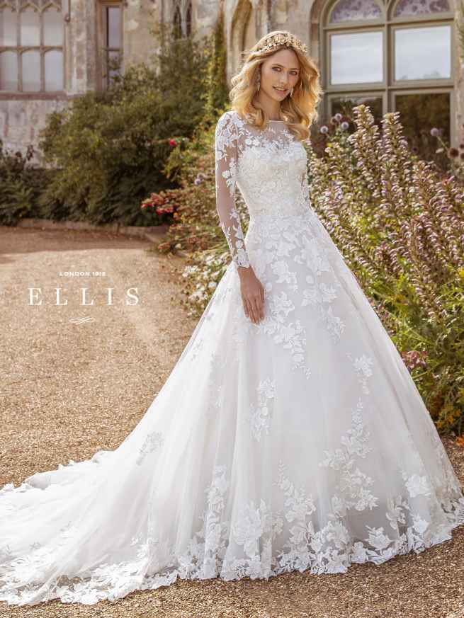 Ellis Constance 16317 Front Wedding Dress Sass and Grace Bridal.jpg